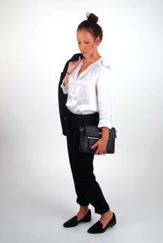 Tendance : la tenue minimaliste ! Look idéal au travail.