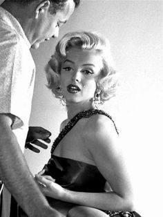 Marilyn Monroe photographed in