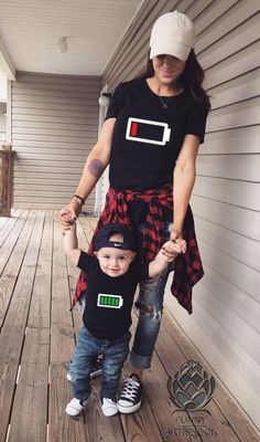PRICE IS FOR 1 T SHIRT. Please add to your cart as many as you like. T-shirts are BLANK on their back. If you would like to have a design on their back, please, write us a message. We are happy to tell you that all our FUNNY ARTiSHOCK are custom-designed and made with love for our