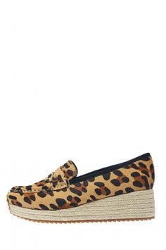 61b5577a015 Jeffrey Campbell Shoes FLOJO-ES-F Flats in Beige Giant Leopard Edwin