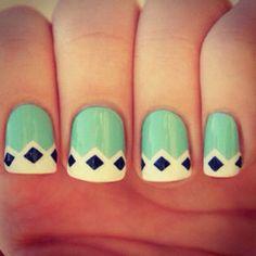 Tribal-like nails