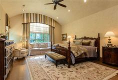 10005 Meadowbrook Drive, Dallas, TX, 75229 | Meadowbrook 131.5FR Walnut Hil | Briggs Freeman Sotheby