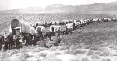 The 1842 Great Emigration begins. The first of 3 wagon trains of settlers and cattle set off down the Oregon Trail. stating that some made the journey through Idaho even earlier. Pioneer Foods, Pioneer Life, Old West Photos, Westerns, Oregon Trail, Oregon Camping, Oregon Ducks, Oregon Coast, Into The West