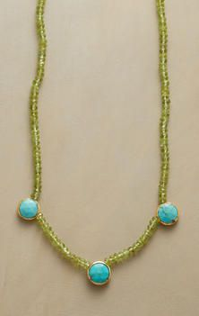 BUTTON AND BEAD TURQUOISE NECKLACE