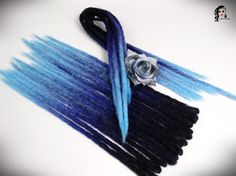 Crochet Synthetic Dreadlocks  Mystery Indigo  DE and SE  Type: Double Ended, Single Ended (optional) Material: Synthetic Hair (100% kanekalon) Method: Crochet, handmade Pieces in set: Select quantity in options auction Lenght DE: 35-40 inch (90-100cm) - 17-20inch (45-50cm) folded in half Lenght SE: 20inch (50cm) Thickness: 0.79-1.18 inch (2-3cm) Color: black, navy blue, light blue (ombre)   If you have a mohawk - 30 pieces will be enough If you have a thin hair - 40 pieces will be enough If…