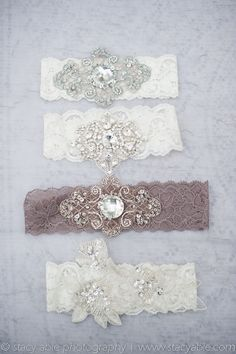 Seems like I could make DIY garters pretty easily! From the bride s  Pinterest. Very 190c73ae9c78