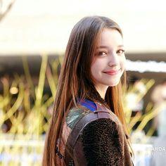 Beautiful Girl Photo, Beautiful Asian Girls, Angelina Danilova, Fashion Background, Western Girl, Hair Photography, Beauty Full Girl, Fanart, Aesthetic Girl