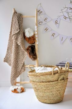 http://mondaytosundayhome.blogspot.fi/2014/12/some-gift-ideas-and-decorations.html