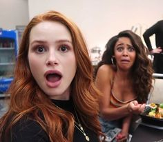 — comment your birthday and try to find your birthday twin🎈 Riverdale Funny, Watch Riverdale, Riverdale Memes, Riverdale Cast, Vanessa Morgan, Cheryl Blossom Riverdale, Riverdale Cheryl, Madelaine Petsch, The Cw