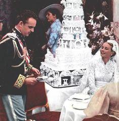 April 1959 - Prince Rainier and Grace Kelly wedding Grace Kelly Mode, Grace Kelly Wedding, Grace Kelly Style, Kate Grace, Monaco As, Monaco Royal Family, Royal Brides, Royal Weddings, Princess Caroline