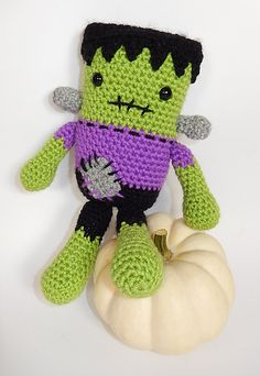 Ravelry: Frankie & Draco, Frankenstein's Monster and Dracula pattern by Moji-Moji Design