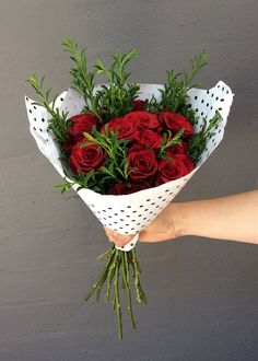 This Simply Stunning bouquet of roses wrapped in spot paper, a special Valentine's Gift. Valentine Special, Valentine Gifts, Valentines Day, Rose Bouquet, Simply Beautiful, Planter Pots, Roses, Paper, Valentine's Day Diy