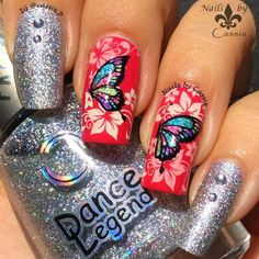 Sparkly Butterfly Mani #nails #nailart #nailstamping #bornprettystore