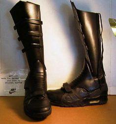 nike-air-trainer-iii-air-jordan-vi-batman-boots-4