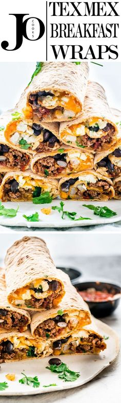 These Tex Mex Breakfast Wraps are perfect to prep over the weekend and have breakfast for the whole week. They're loaded with beef, hash brown potatoes, black beans, eggs, lots of cheese and Tex Mex flavors! (healthy sandwiches for men) Mexican Breakfast Recipes, Delicious Breakfast Recipes, Paleo Breakfast, Breakfast Time, Brunch Recipes, Mexican Food Recipes, Breakfast Dishes, Breakfast Casserole, Breakfast Ideas
