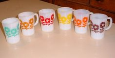 Crown Pyrex 60s mugs