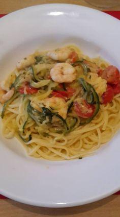 Spaghettis+de+courgettes+aux+tomates+et+crevettes