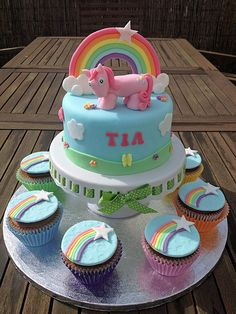 My Little Pony Cake and Cupcakes