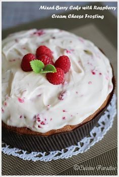 Cuisine Paradise   Singapore Food Blog - Recipes - Food Reviews - Travel: Mixed Berry Cake with Raspberry Cream Cheese Frosting