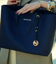 fashion blue michael kors handbags,65$ just for one week!