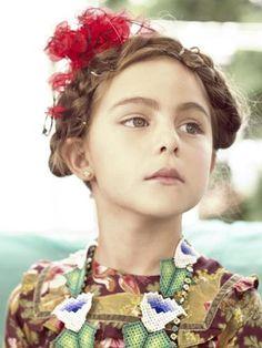 Mi niña chula   bbmundo / septiembre, 2011 / Foto: Paco Díaz / Producción y coordinación de moda: Victoria Papuchi