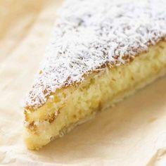 Coconut Recipes, Lemon Recipes, Sweet Recipes, Cake Recipes, Summer Dessert Recipes, Healthy Dessert Recipes, French Desserts, Sweet Pie, Chocolate Desserts