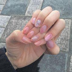 . とぅる〜〜ん #nail #nails #self #selfnail #nailart #セルフネイル #ネイル #セルフ #天然石ネイル #ニュアンスネイル #ジェルネイル #おねねいる