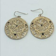 Earrings Earrings       1081 Jewelry Earrings