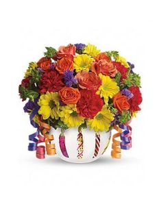 Buy online and Send Birthday Flowers to USA from our great collection of birthday gifts. Surprise your dear one with ordering happy birthday flowers. Birthday Flower Delivery, Happy Birthday Flower, Birthday Wishes, Special Birthday, Birthday Celebration, Love Photos, Cool Pictures, Flora Botanica, Perfect Image