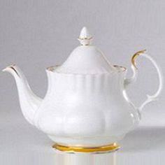 Royal Albert® Val D'or Fine Bone China 6-cup Teapot, 22 ct. gold trim