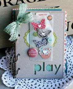 Love this October Afternoon created by danni reid. Isn't that stitched vellum (or wax paper?) divine?!