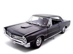 1965 Pontiac GTO Hurst Black 1/18 Diecast Model Car Maisto 31885