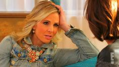 """Monday (Feb. 24), Giuliana Rancic gets """"Beyond Candid"""" with """"Fox & Friends"""" host Elisabeth Hasselbeck."""