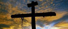 Oggi, #SabatoSanto ,  giornata in cui predomina il #silenzio, la meditazione e il raccoglimento per Gesù, che giace nel sepolcro.  Verrà poi la gioia della sera con la Veglia Pasquale, la Resurrezione di Cristo, Figlio di Dio..…  #THINKDONNA   verso la #Pasqua