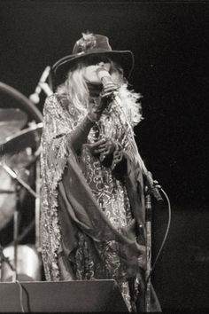 somewhere under that hat is Stevie    ~ ☆♥❤♥☆ ~    photo taken during the 'Rumours' tour, Calgary, AB, September 7th, 1977
