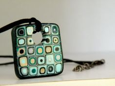 Retro Necklace in green Square Pendant with black by ArzuMusa