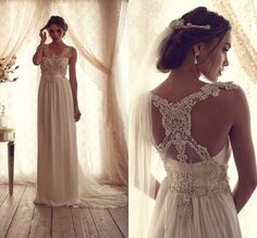 engalanando vestidos de novia con pedreria