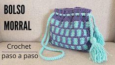 Aprende a tejer este morral a crochet con la técnica que Handwork diy tiene para tejerlo, aunque es sencillo de realizar tiene un diseño diferente y h Crochet Scarves, Crochet Hats, Friendship Bracelets, Drawstring Backpack, Winter Hats, Diy, Ideas Para, Bags, Scarfs