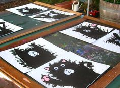 Rob Scotton's, Splat the Cat , offers many opportunities for primary learning activities. graders explored painting and cutting shapes t. Class Art Projects, Art Education Projects, Kindergarten Projects, Preschool Class, Splat Le Chat, 2nd Grade Art, Grade 1, First Grade Crafts, Ecole Art
