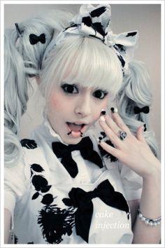 cute goth lolita