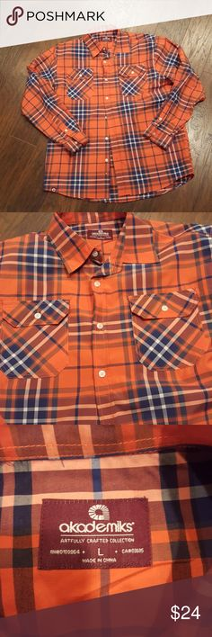 Flannel Sets the bar in the Flannel department.. not dull has some sheen unlike a lot of flannels.. very sleek!! 9.99/10 condition. Akademiks Shirts Casual Button Down Shirts