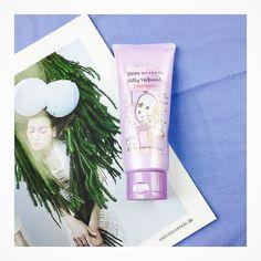 Dầu xả Silky Etude House Giá: 170k  Giúp tóc mềm mượt thơm như kẹo ngọt Phục hồi tóc hư khô chẻ ngọn cực kì tốt nhoaaaa