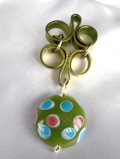Pendentifs, PENDENTIF FIL ALU PLAT et perles murano est une création orginale de clavaud sur DaWanda