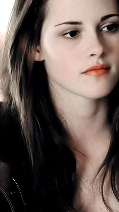 Kstew- She is beautiful & I hope her & Rob stay together!