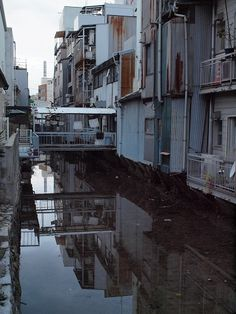 愛媛県今治市 Aesthetic Japan, City Aesthetic, City Landscape, Urban Landscape, Cyberpunk City, Urban Setting, Slums, City Buildings, Urban Photography