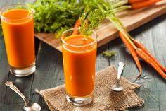 Centrifugato di carote: tutti i benefici e tante ricette per una pelle sana