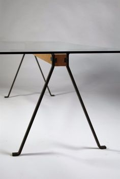 gallery/table.013a