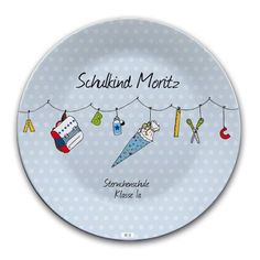 Dieser tolle Teller aus Melamin ist ein Hingucker auf dem Frühstückstisch. Durch den Namen des Beschenkten bekommt der Teller seine individuelle Note. Der Teller ist das perfekte Geschenk zur Einschulung.