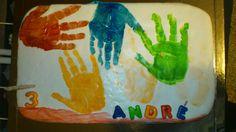 O 3º Aniversário do André, feito com as mãos dele