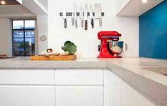 meuble de cuisine avec plan de travail en béton